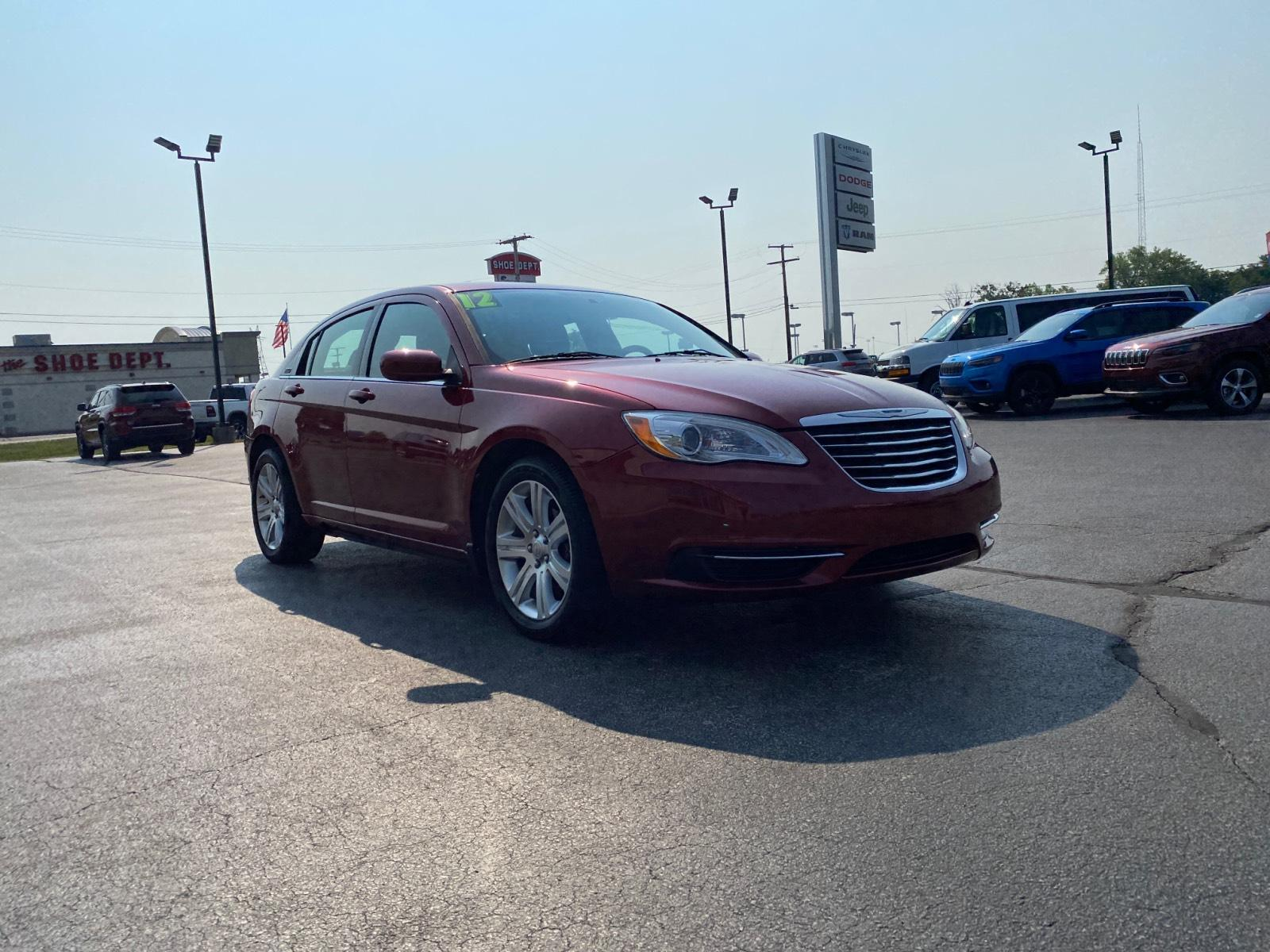 Pre-Owned 2012 Chrysler 200 4dr Sdn Touring