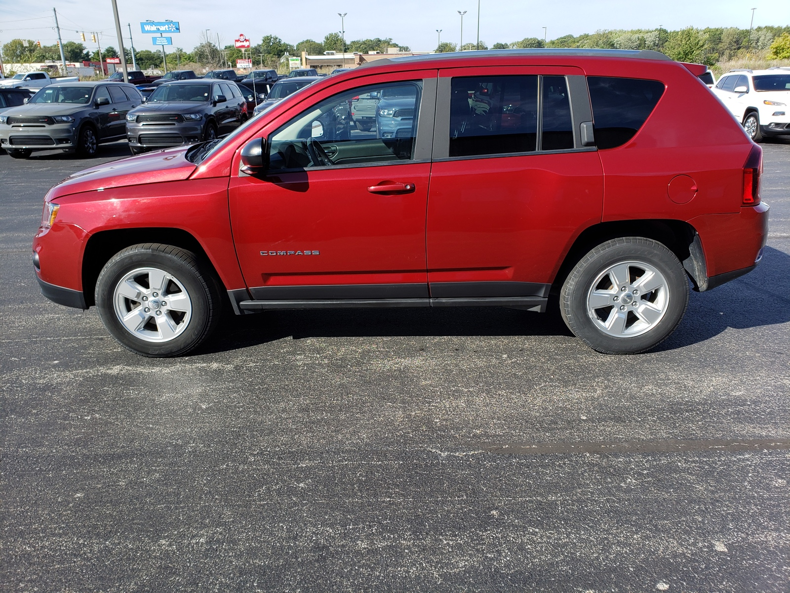 Pre-Owned 2014 Jeep Compass FWD 4dr Sport