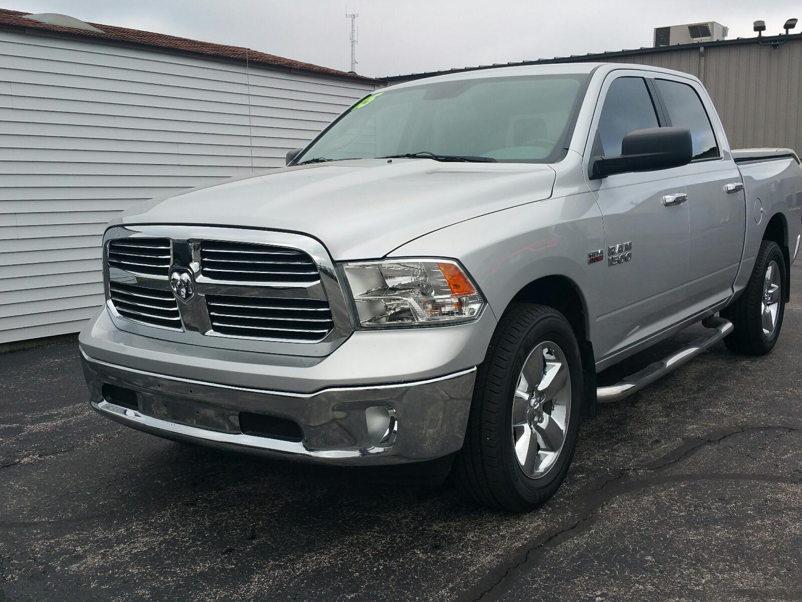 Pre-Owned 2015 Ram 1500 4WD Crew Cab 140.5 Big Horn