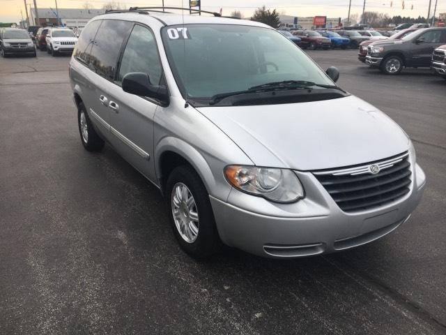 Pre-Owned 2007 Chrysler Town & Country LWB 4dr Wgn Touring