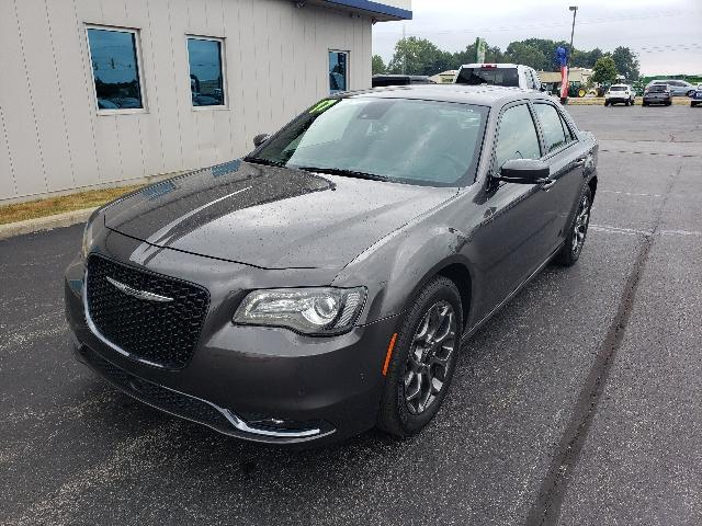 Certified Pre-Owned 2017 Chrysler 300 300S Alloy Edition AWD