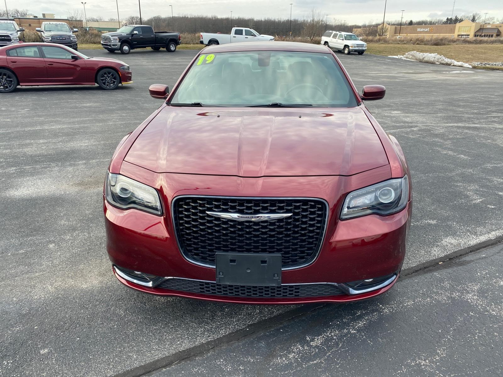 Certified Pre-Owned 2019 Chrysler 300 300S AWD