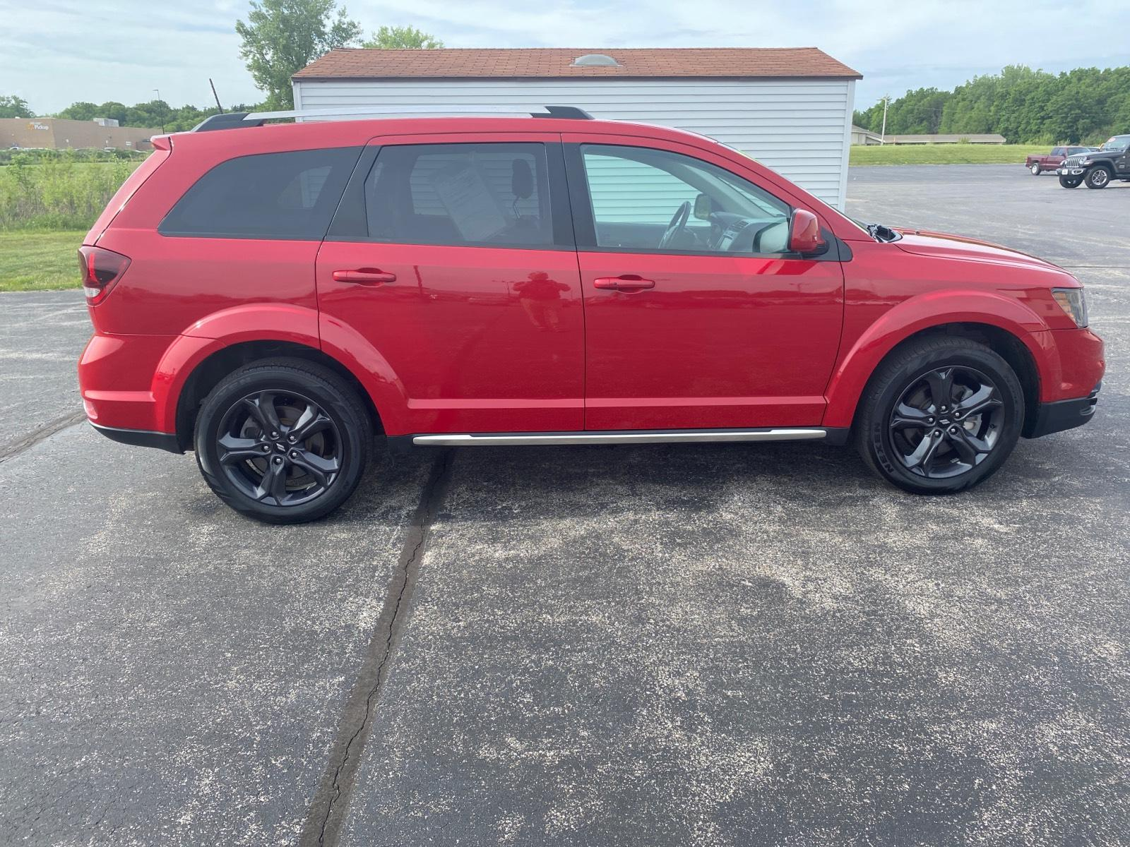 Certified Pre-Owned 2019 Dodge Journey Crossroad FWD
