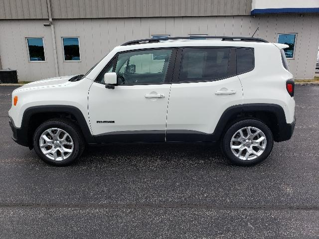 Certified Pre-Owned 2015 Jeep Renegade 4WD 4dr Latitude