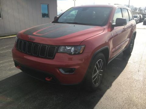 Certified Pre-Owned 2017 Jeep Grand Cherokee Trailhawk 4x4